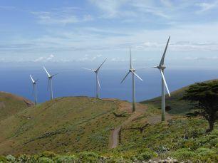 Parque_eólico_de_la_isla_de_El_Hierro_Canarias_España-1